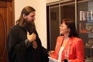Ректор САФУ поздравила владыку Даниила с возведением в сан митрополита