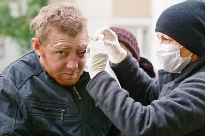 Русская Церковь и Минздрав напомнили о том, что бездомный может получить медпомощь без полиса